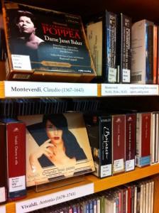 Monteverdi ja Vivaldi säveltäjähyllyssä.